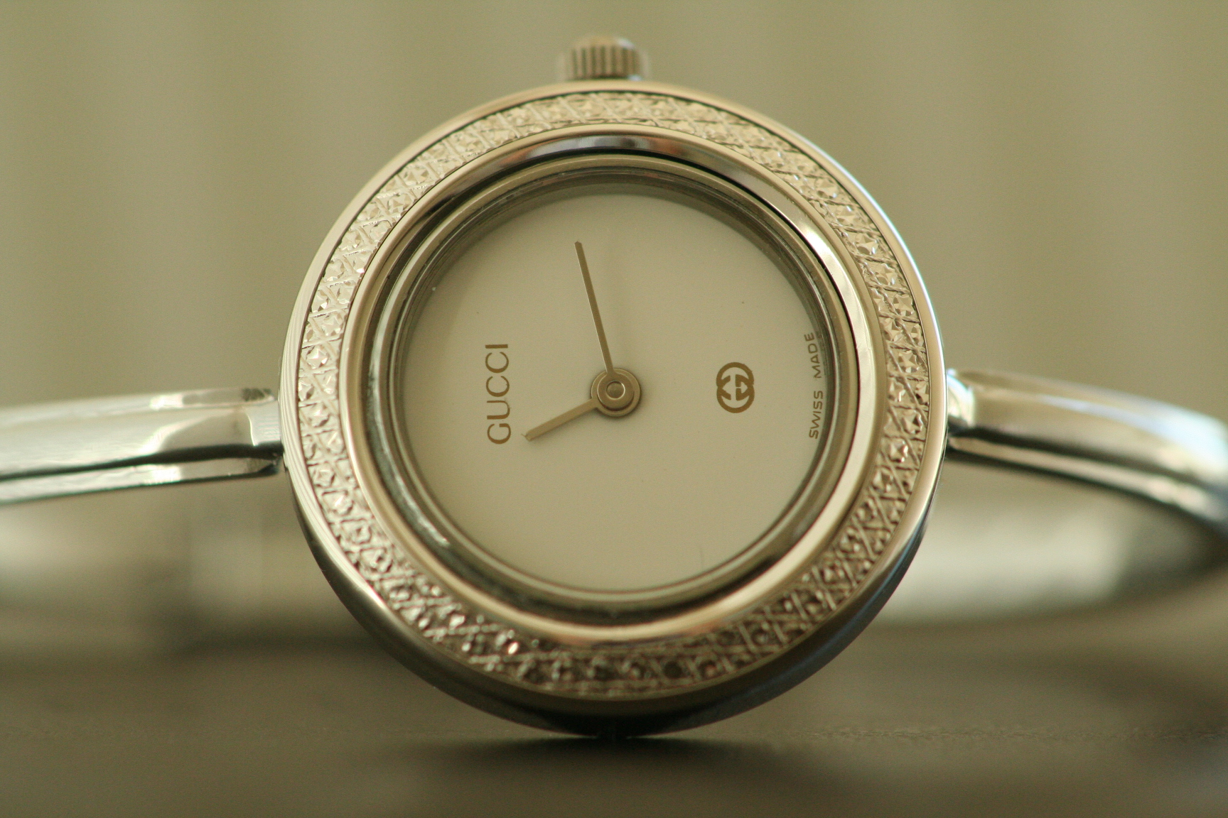 Top 10 Best Gucci Watches for Women — Greatest Reviews for You