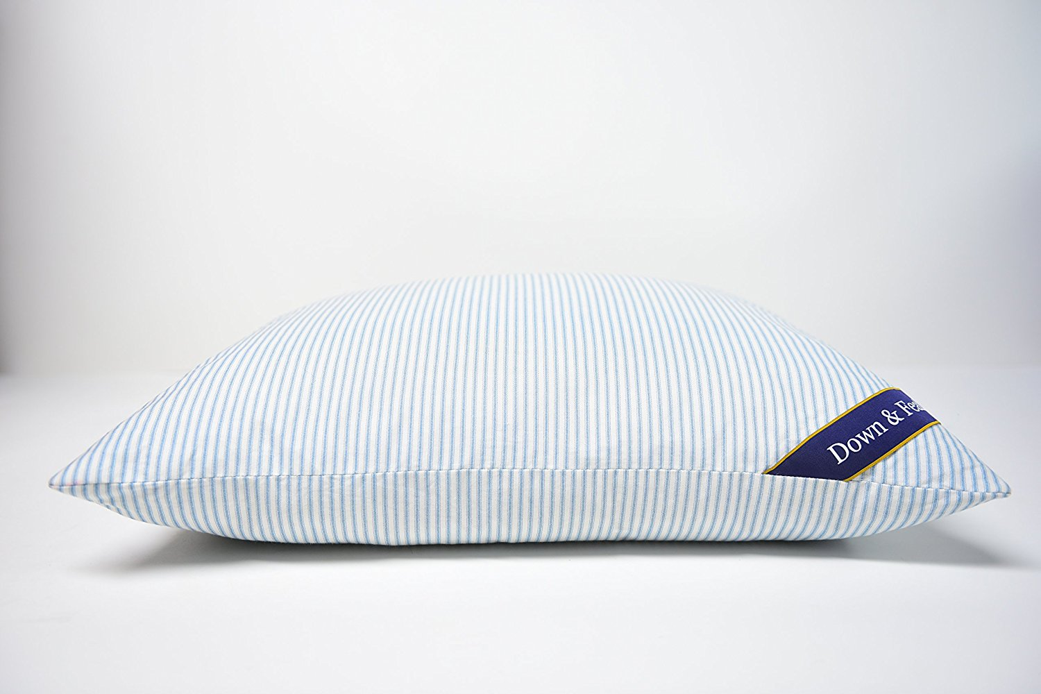 Top 10 Goose Down Pillows Reviews — Best Models for Your Comfort In 2020