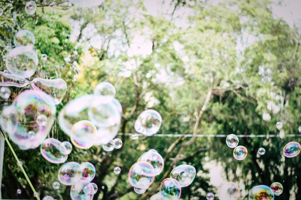 Top 10 Bubble Machine Reviews — Which One Is Really the Best of 2020?