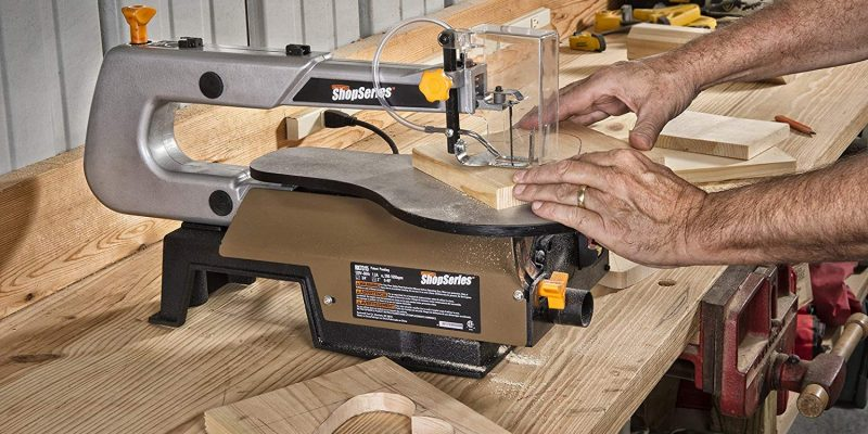 10 Versatile Scroll Saw Reviews – The Perfect Tools for Crafters (2019)