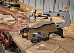 10 Versatile Scroll Saw Reviews – The Perfect Tools for Crafters (2020)