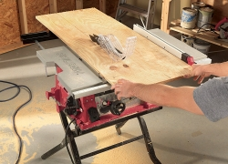 Popular SKIL 3410-02 Review – Top Table Saw with Folding Stand (2019)