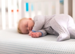 Best Crib Mattress — Top 10 Reviews On Models Worth Buying in 2018