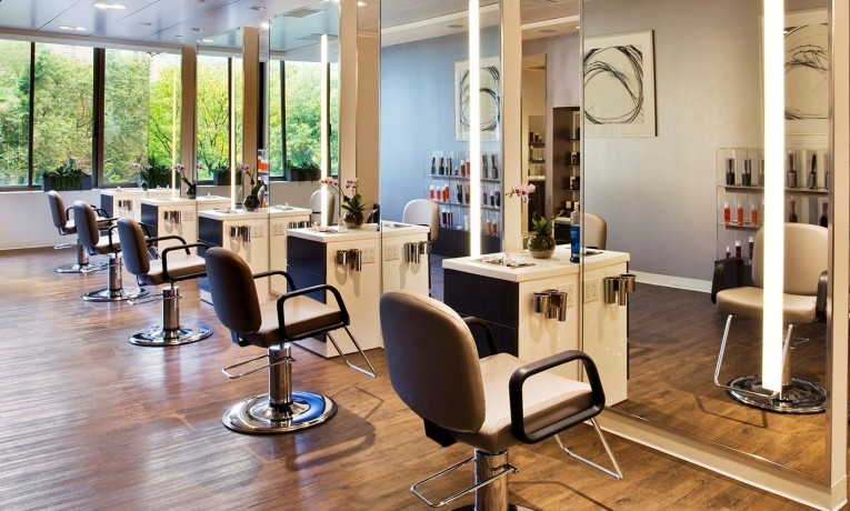 Top 10 Barber Chairs Reviews — Which One Is the Best to Buy in 2018?