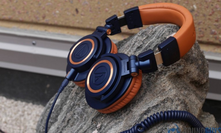 Best Headphones Under 200 –Top 10 Reviews in 2018