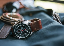 Top 10 Best Watches Under 200 Reviews — An In-Depth Glance (2020)