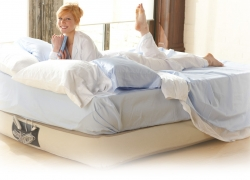 Top 10 Inflatable Mattress Reviews — Top 8 Models of 2018