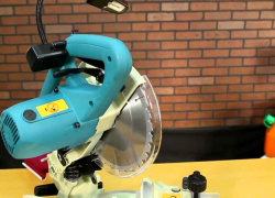 Useful Makita LS1040 Review – Can It Help You Make Splinter-Free Cuts? (2020)